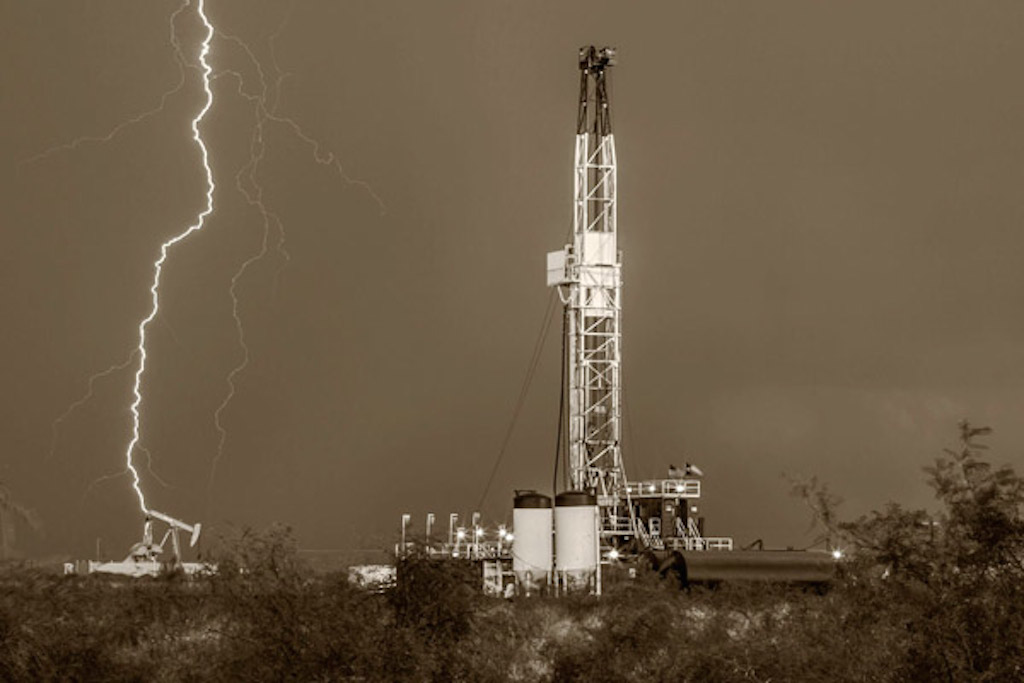 Bob Callender Charged Skies Oil Rig LIghtning