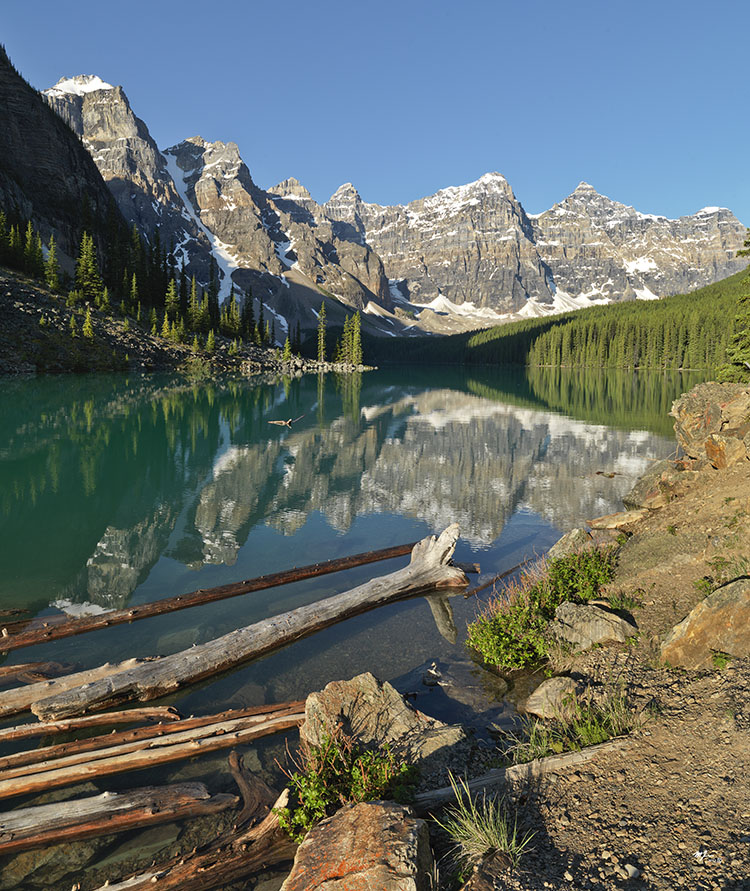 Martin Kaspers Morning At Moraine Lake